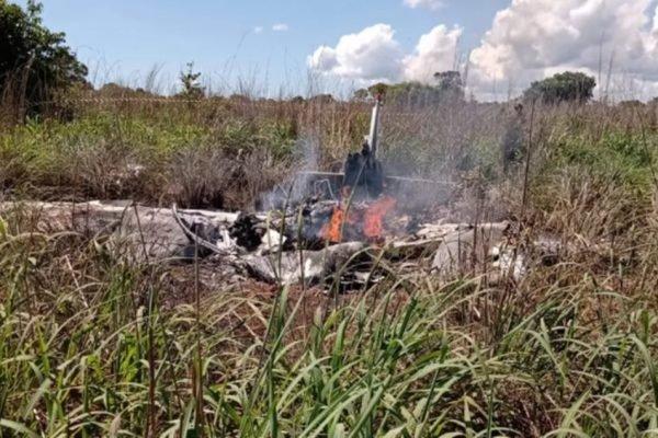 Vídeo: Presidente do Palmas Futebol e jogadores morrem em acidente de avião