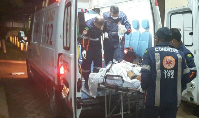 Motoboy sofre acidente e ladrão se aproveita e furta seu celular