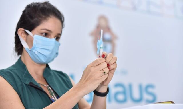 Força-tarefa vai acelerar vacinação em Manaus