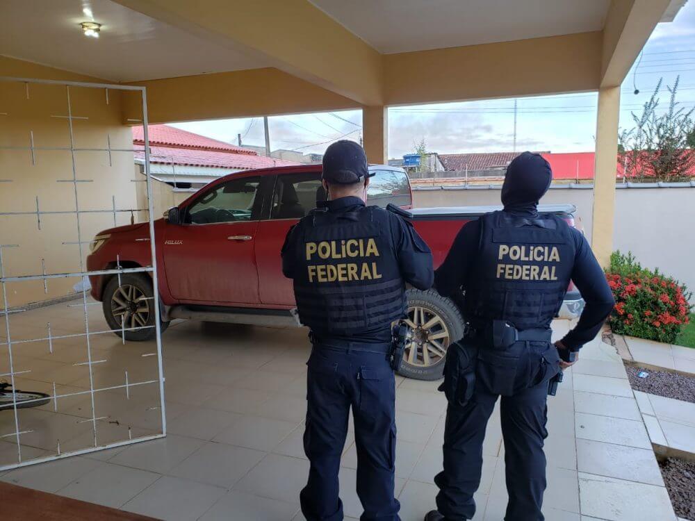 Operação da Polícia Federal e Ibama cumprem mandados em madeireiras de Ariquemes ,Alto Paraíso e Buritis