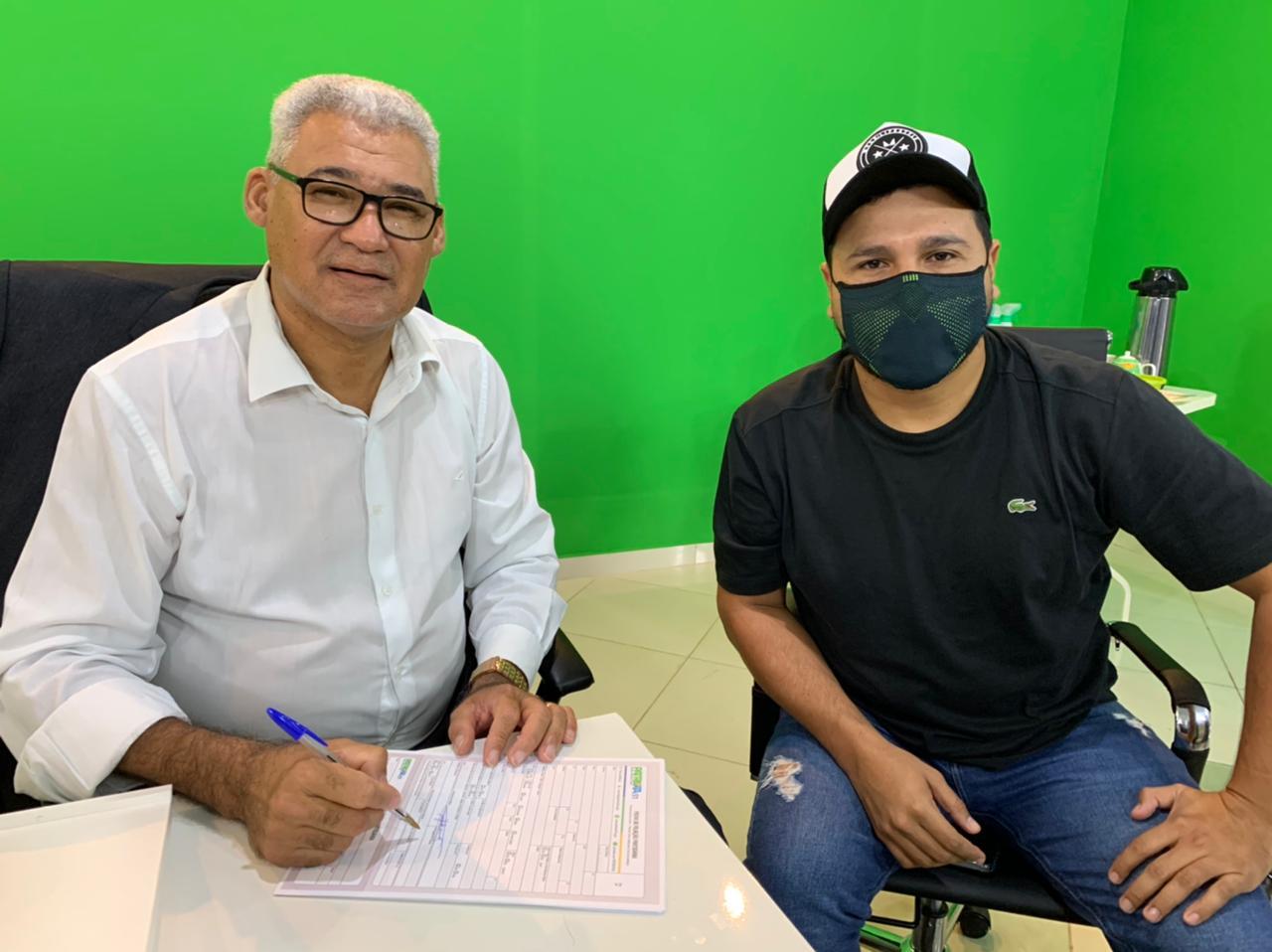 Pastor José Pocidônio se filia ao Patriota a convite do Deputado Estadual Marcelo Cruz