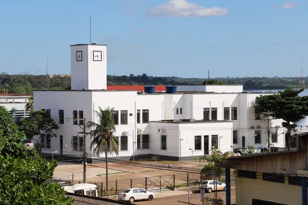 Decreto determina retorno de servidores municipais do grupo de risco ao trabalho