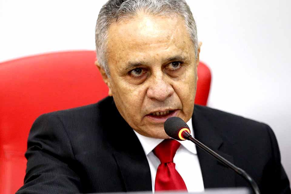 Justiça nega posse a Ribamar Araújo na vaga de Aélcio da TV