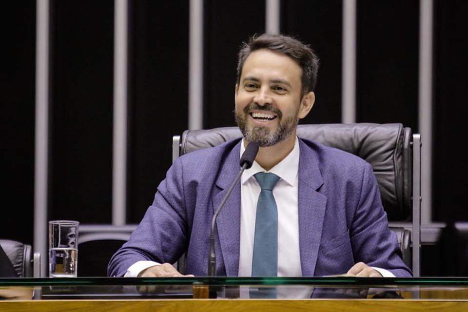 Imprensa nacional expõe deputado de Rondônia em suposto esquema do ''orçamento secreto'' do governo federal; ele nega irregularidades