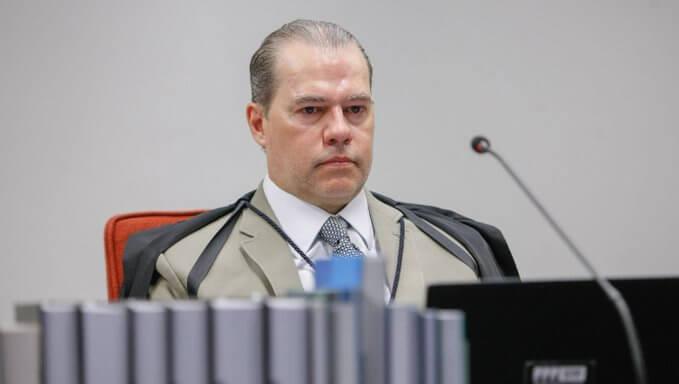 Com voto de Toffoli, STF anula delação premiada de Sergio Cabral, que cita o ministro