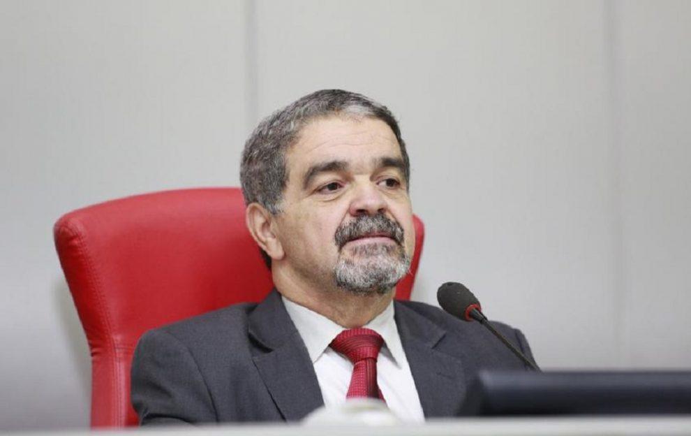 TRE-RO manda tirar Aélcio da TV do cargo e empossar suplente; TJ, apegado a formalismo, mantém Edson Martins deputado