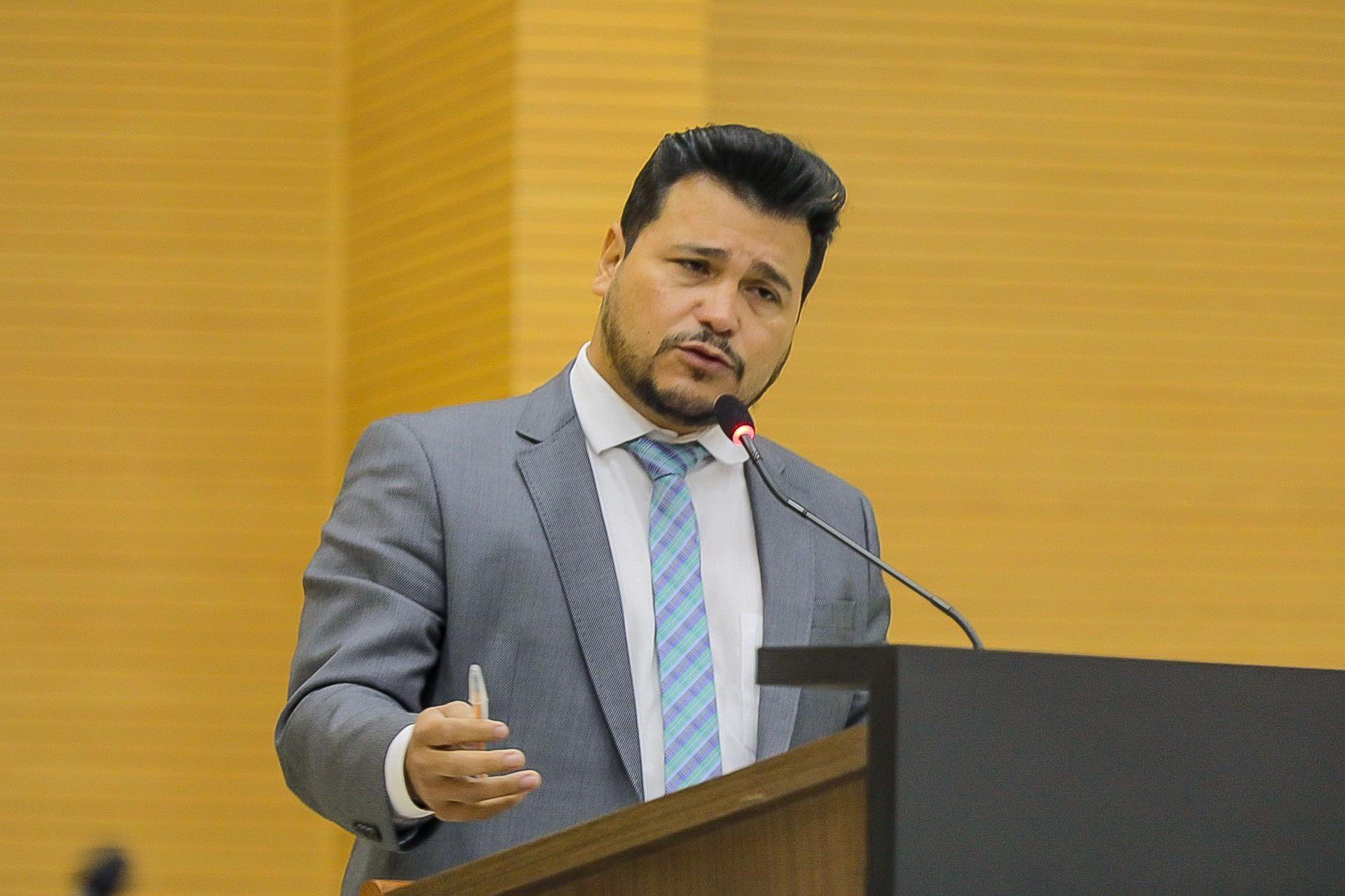 Deputado Marcelo Cruz media negociações entre Governo do Estado e Prefeitura de Porto Velho