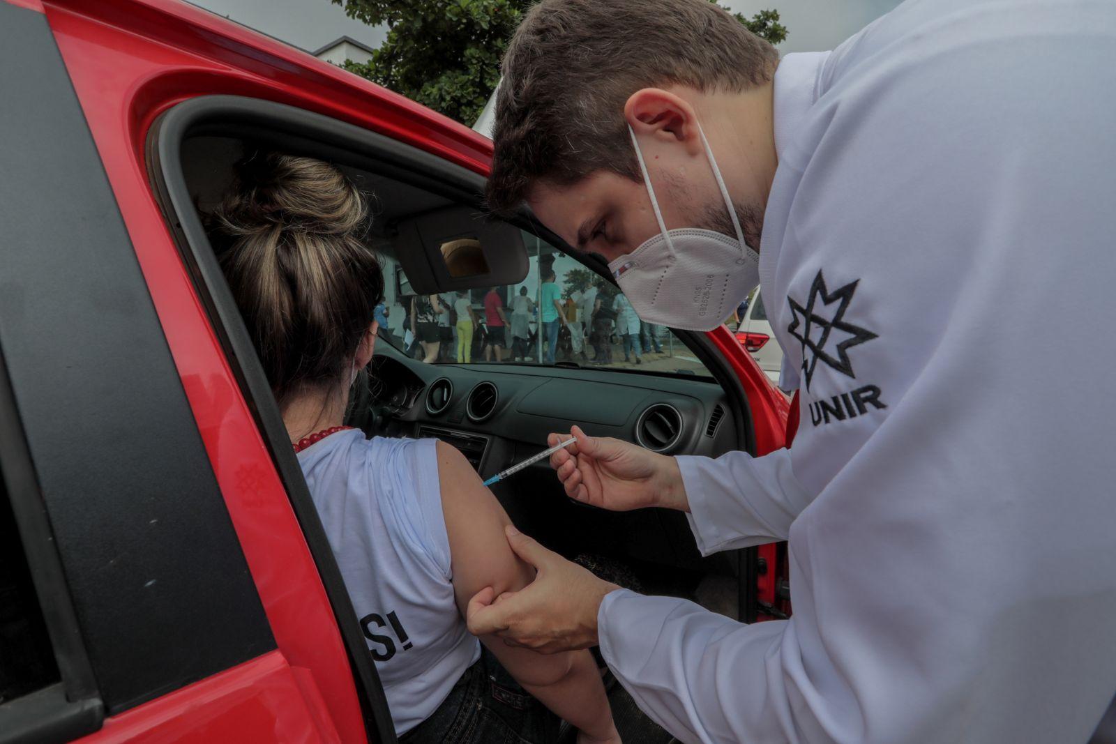 Porto Velho chega à marca de 200 mil doses de vacinas aplicadas