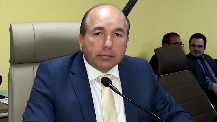 Presidente da Câmara convoca sessão para debater desocupação do Porto Cristo