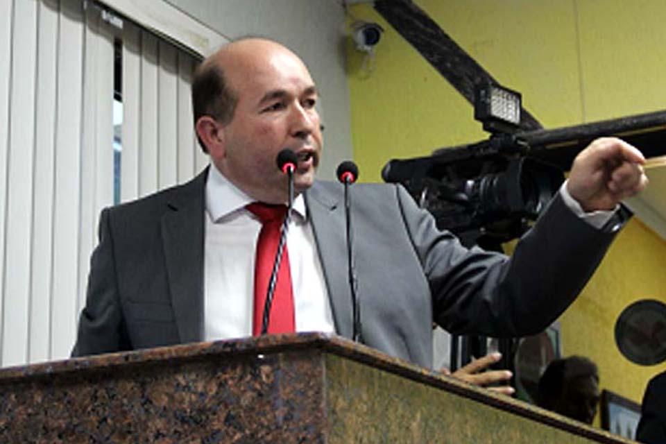 Edwilson Negreiros solicita reparos na Zona Sul e Prefeitura de Porto Velho atende demandas no Bairro Cohab