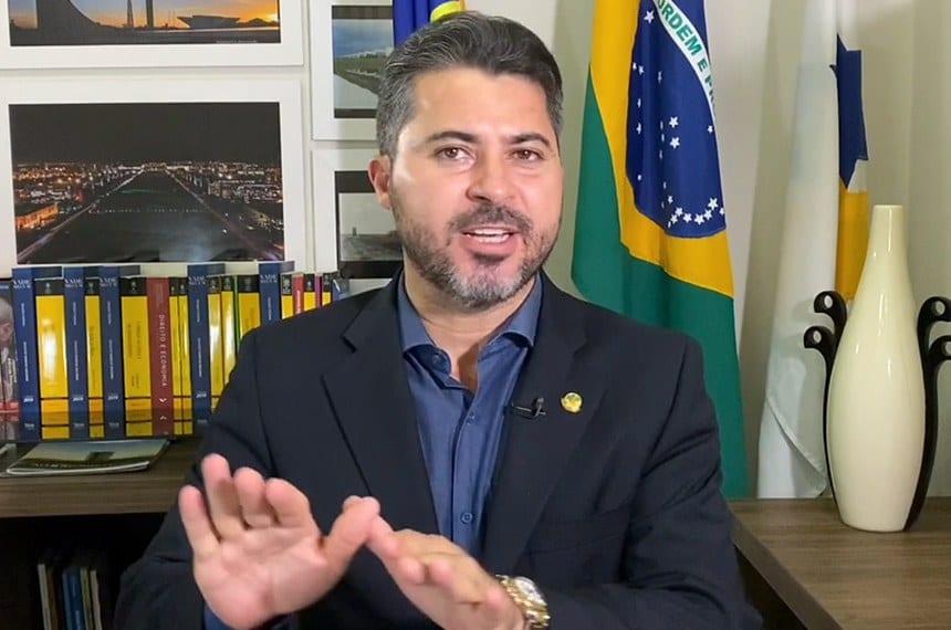 Após acusação de assessor envolvido com tráfico, Marcos Rogério fica desmoralizado e emite nota