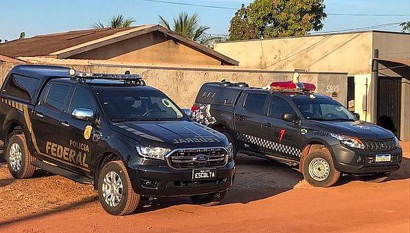 PF e PM fazem operação contra grupo que furta Correios e comete delitos patrimoniais durante a noite em RO