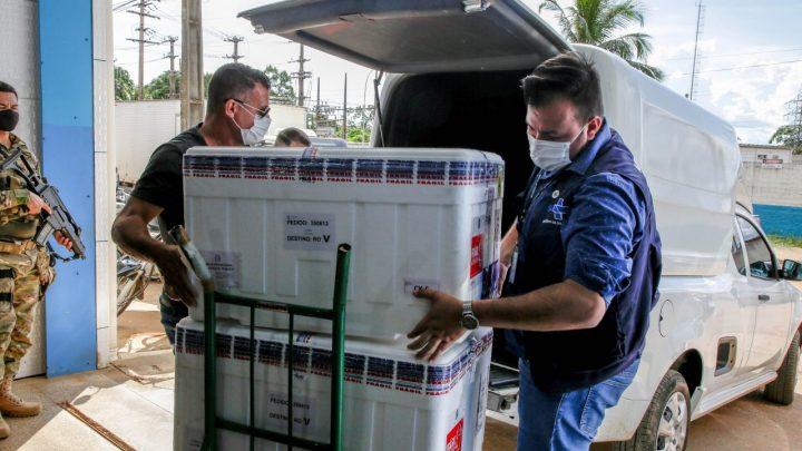 Rondônia recebe remessa de 40,5 mil doses de vacinas contra a covid-19 do Ministério da Saúde