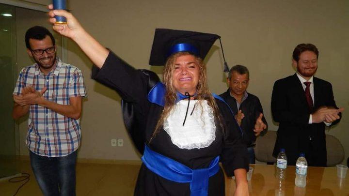 Léia Leandro morre aos 59 anos