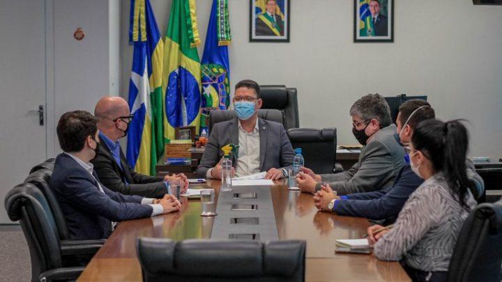 Governo de Rondônia se reúne com representantes de empresa que administrará o aeroporto de Porto Velho
