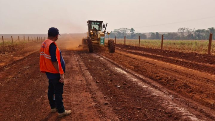 Serviços de melhorias na RO-391 executados pelo DER, entre Chupinguaia e a RO-370 garante escoamento da produção rural