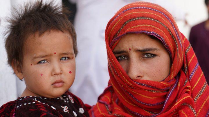 Jovem afegã chora e faz forte desabafo sobre situação das mulheres após ofensiva do Talibã