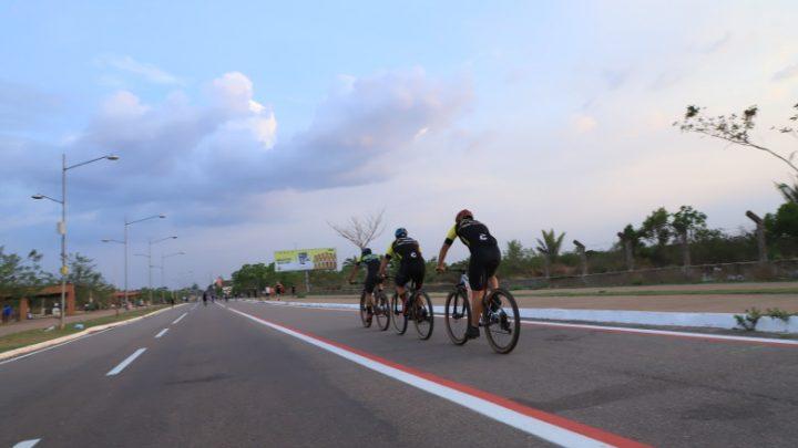 Prefeitura instala ciclofaixa no Espaço Alternativo