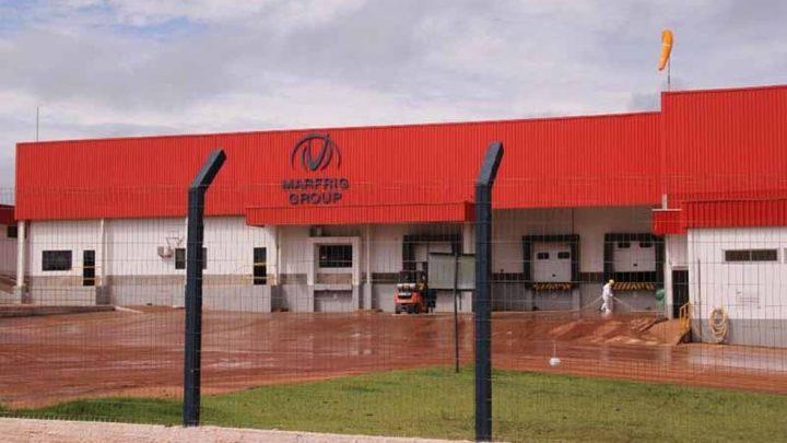 Quase mil funcionários de frigorífico são demitidos em Ji-Paraná, RO