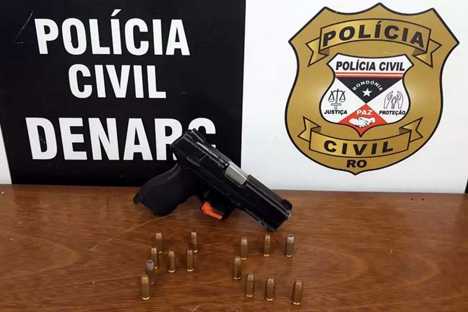 Denarc prende mulher com arma do acervo da Polícia Civil em embarcação